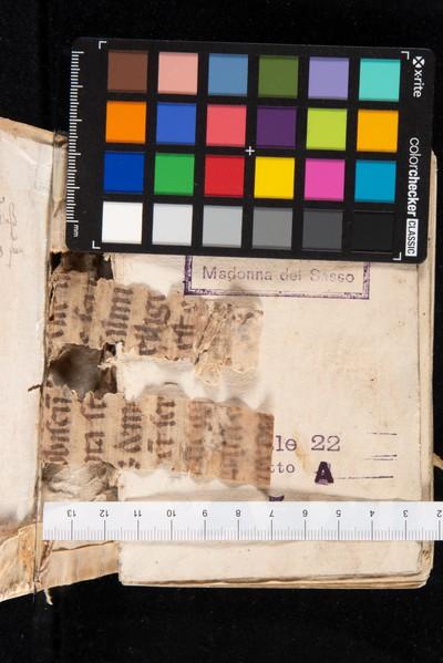 Frammenti 1 e 2, lato originariamente rivolto verso la compagine